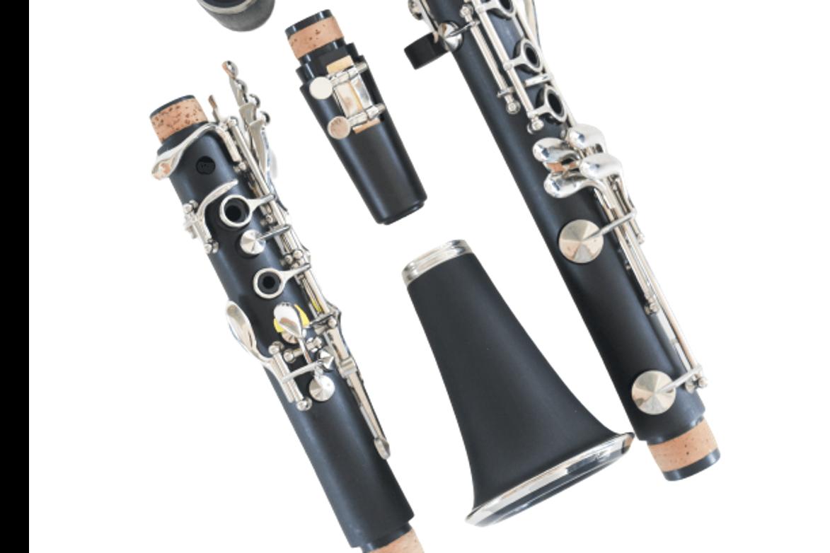 Clarinete Aristton 6402MN